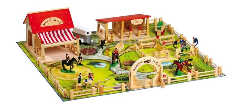 Speelgoed Keuken Accessoires Plastic : speelgoed manege deze grote realistische speelgoedmanege met meer dan
